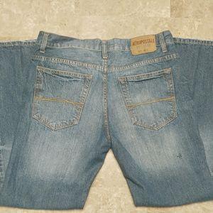 Aeropostale men's 32/30 jeans short